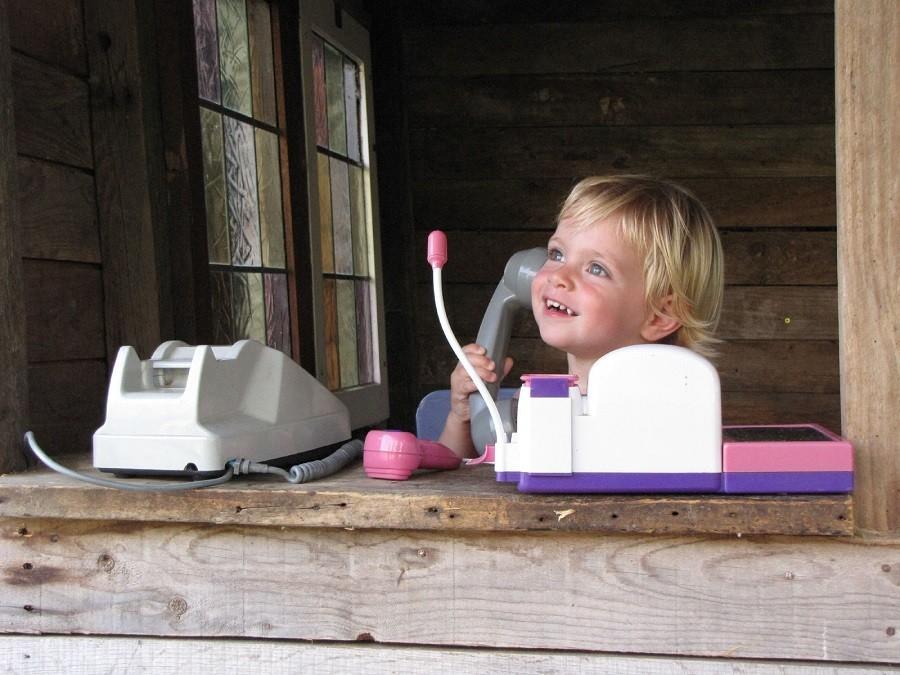 Le Petit Pauliat in de Auvergne, Frankrijk kindje in speelhuisje 10 Le Petit Pauliat 30pluskids image gallery