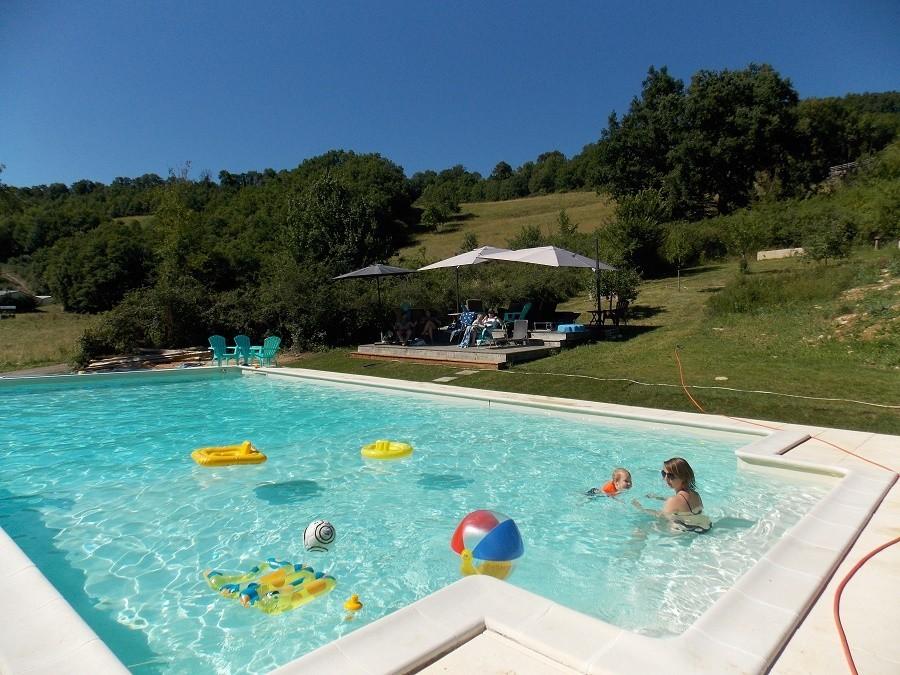 Les Quatre Toits in de Tarn-et-Garonne, Frankrijk zwembad Domaine Les Quatre Toits 30pluskids image gallery
