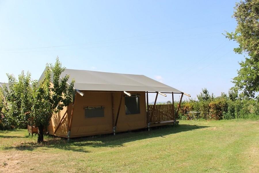 Tendi Eucaliptus tent 2016.jpg Tendi safari lodge tenten 30pluskids image gallery